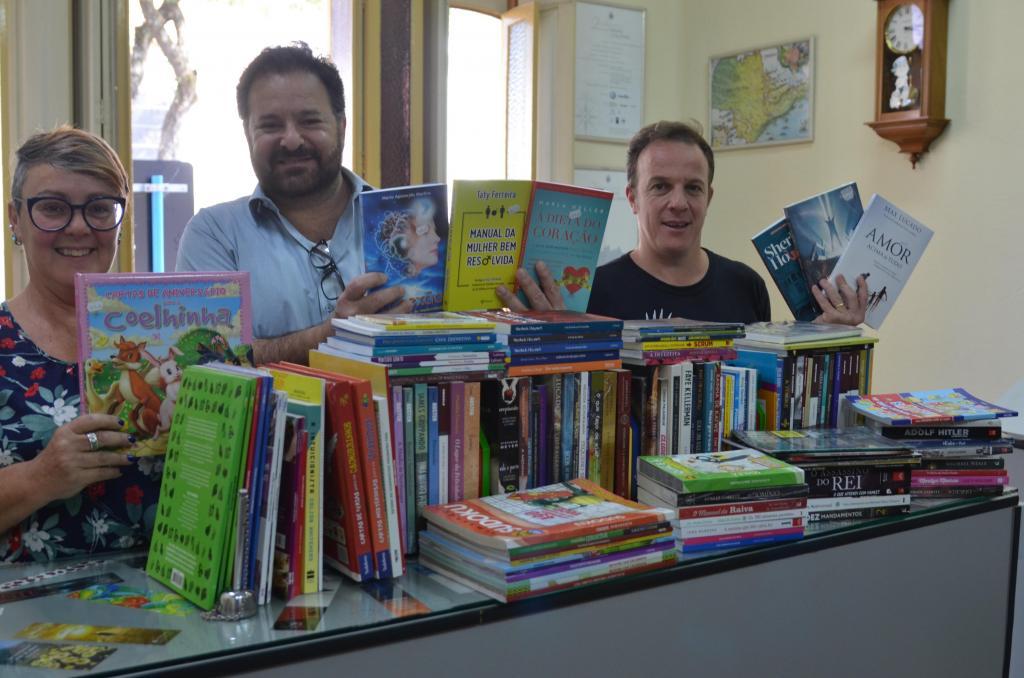 foto de Biblioteca recebe 150 novos títulos e apresenta novidade para crianças