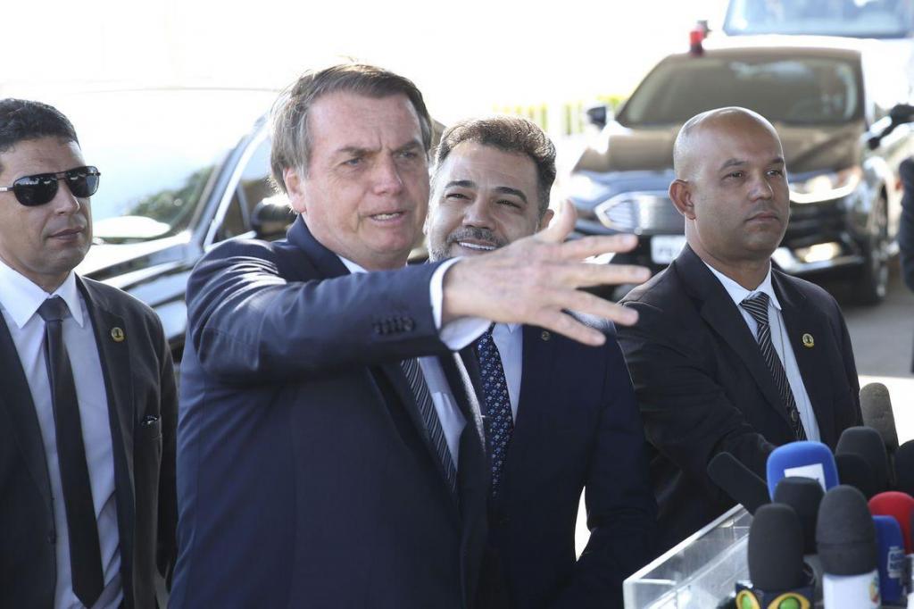 foto de Bolsonaro diz que lei de abuso de autoridade terá quase 20 vetos