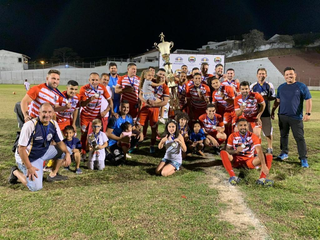 foto de Paulista é campeão amador de Serra Negra