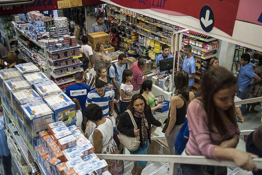 foto de Endividamento e inadimplência do consumidor têm alta em agosto