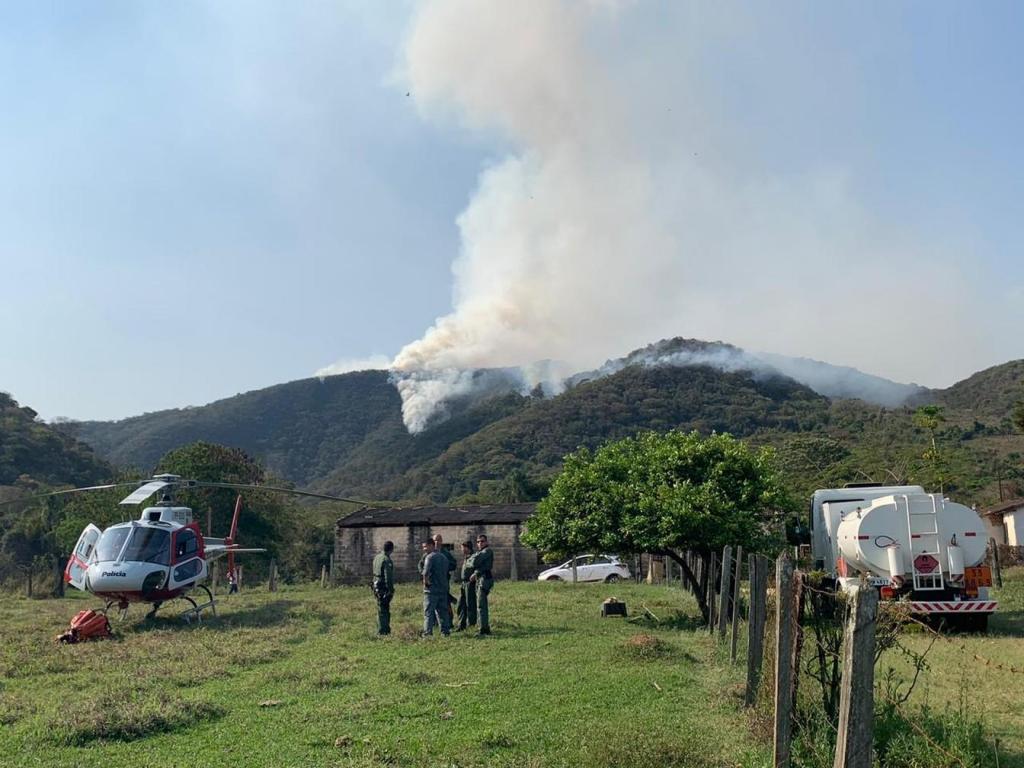 foto de Incêndio acontece em área de Proteção Ambiental em Amparo