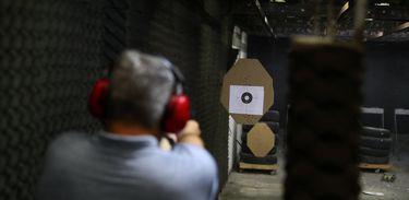 foto de Projeto que amplia posse de arma no campo é sancionado