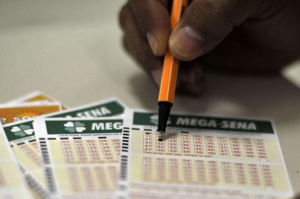 foto de Mega-Sena sorteia neste sábado prêmio estimado em R$ 5,5 milhões