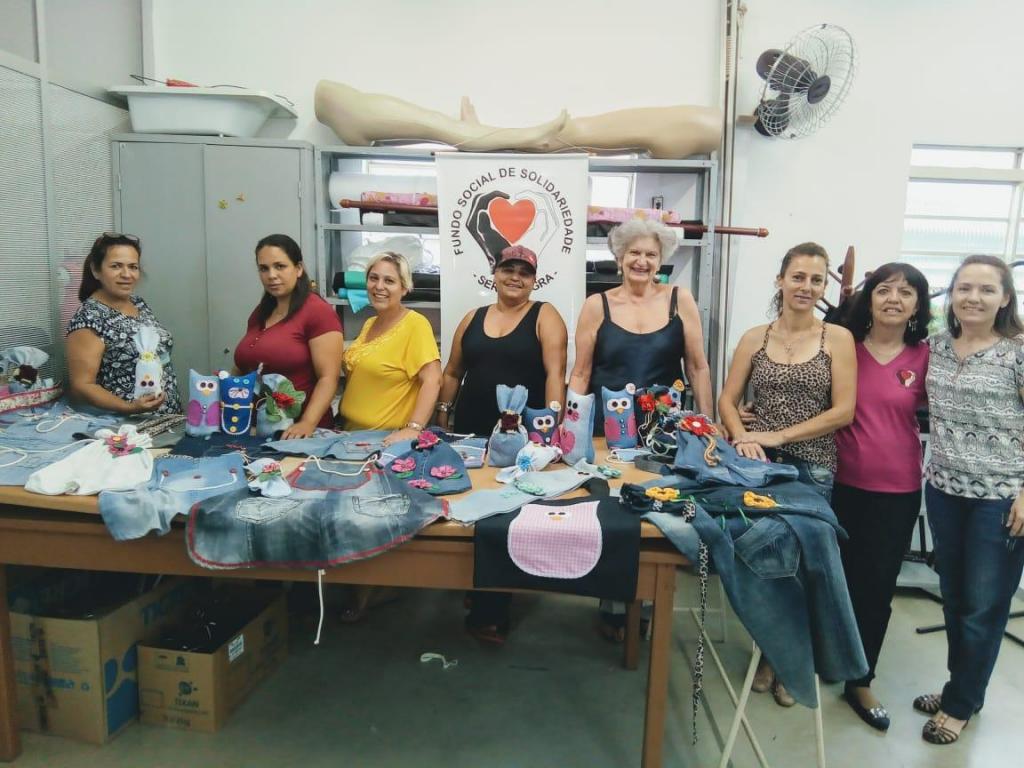 foto de Cursos de artesanato em jeans são concluídos no Fundo Social de Solidariedade