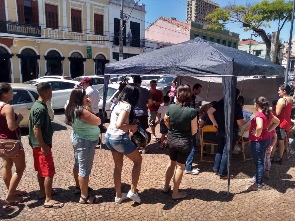 foto de População continua assinando Projeto de Iniciativa Popular contra a concessão do SAAE