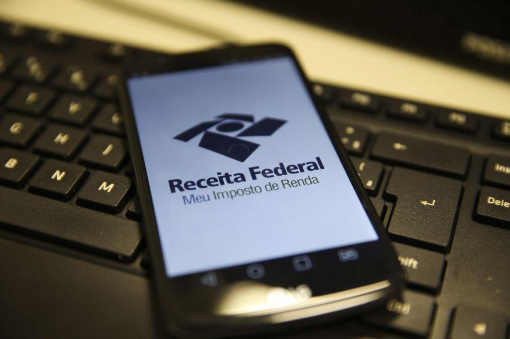 foto de Receita paga hoje restituições do 5º lote do Imposto de Renda 2019