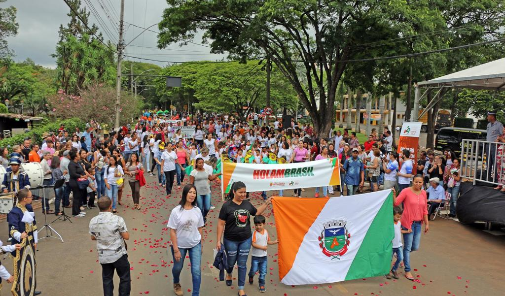 foto de Aniversário de Holambra será celebrado com Desfile Cívico no dia 27
