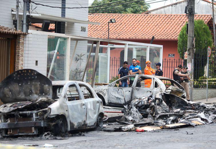 foto de Dono de avião que caiu em BH está com 50% do corpo queimado