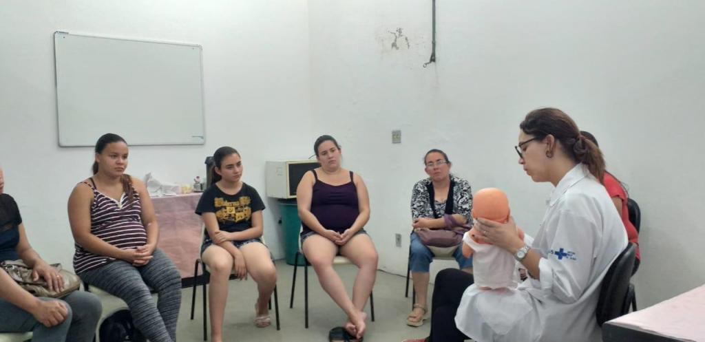 foto de Gestantes participam de encontro do projeto 'Amor Perfeito' nos bairros São Luiz e Centro
