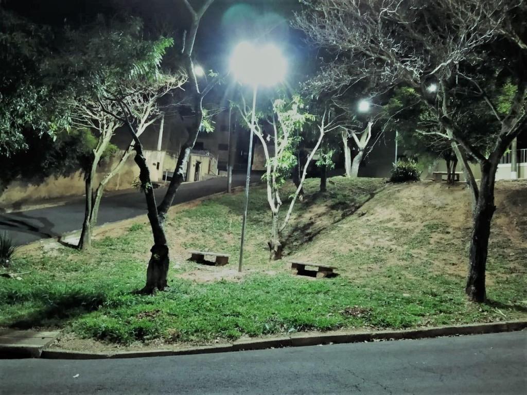 foto de Serra Negra: Praças recebem iluminação nova com tecnologia LED no Campo do Sete e no Jardim Iara
