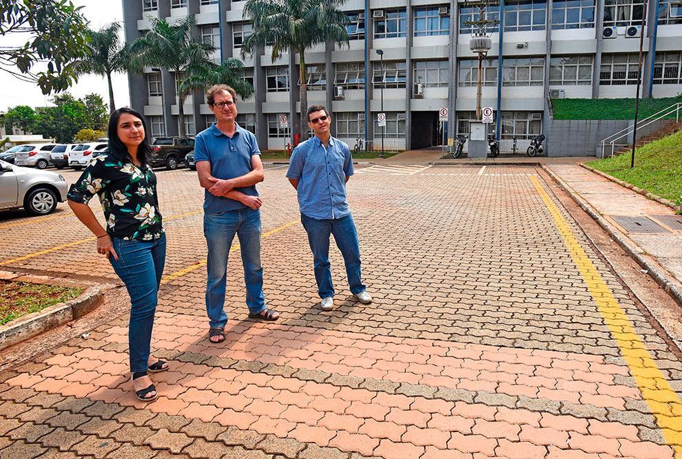 foto de Esgoto tratado é utilizado na produção de pisos para pavimentação