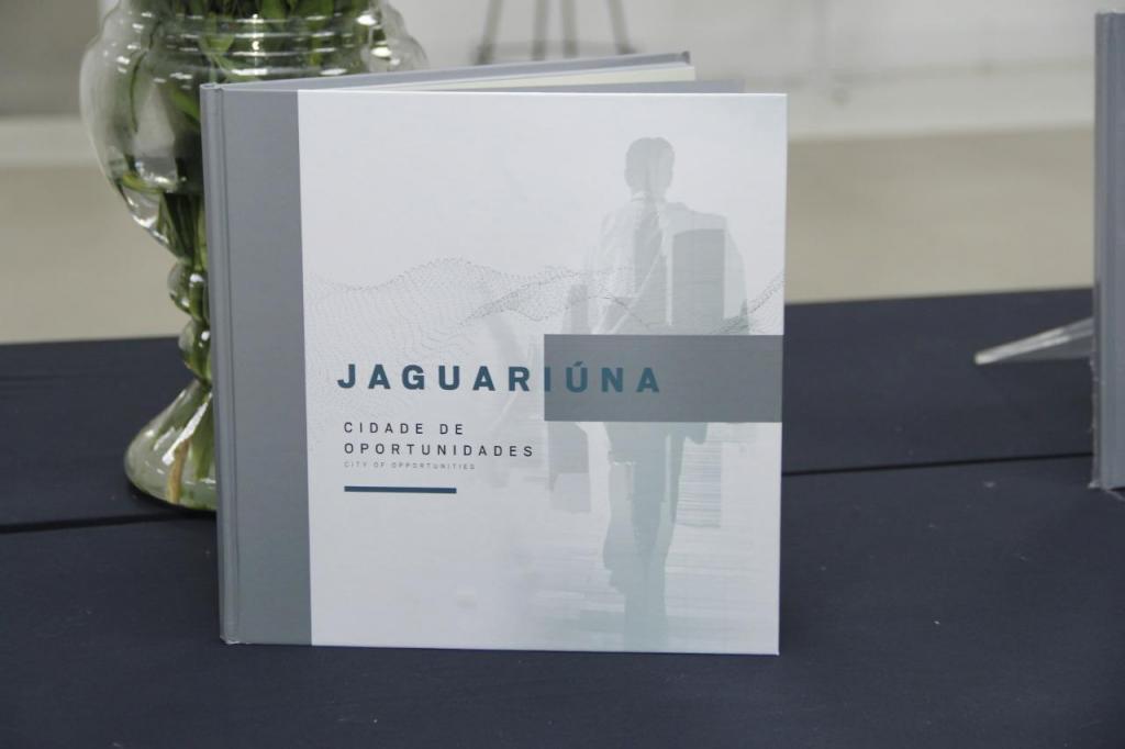 foto de UniFAJ participa de livro sobre o desenvolvimento econômico de Jaguariúna