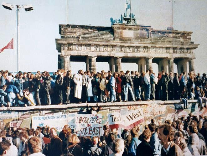 foto de Queda do Muro de Berlim completa 30 anos