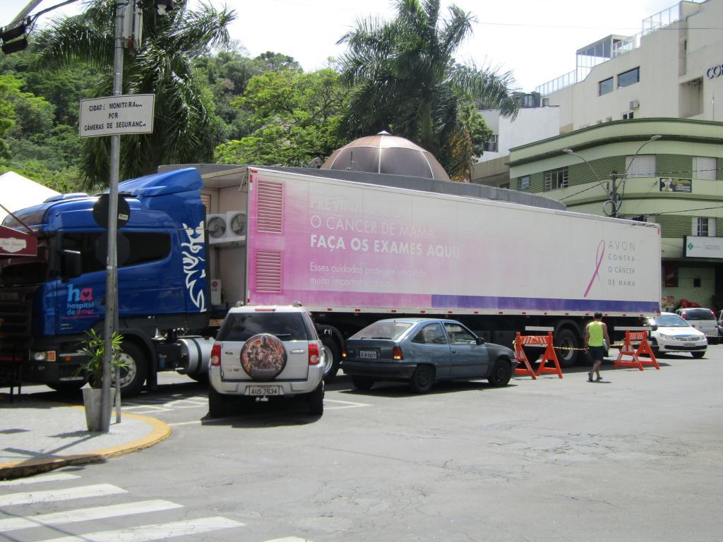 foto de Carreta do Hospital de Amor de Barretos realizou exames gratuitos em Serra Negra