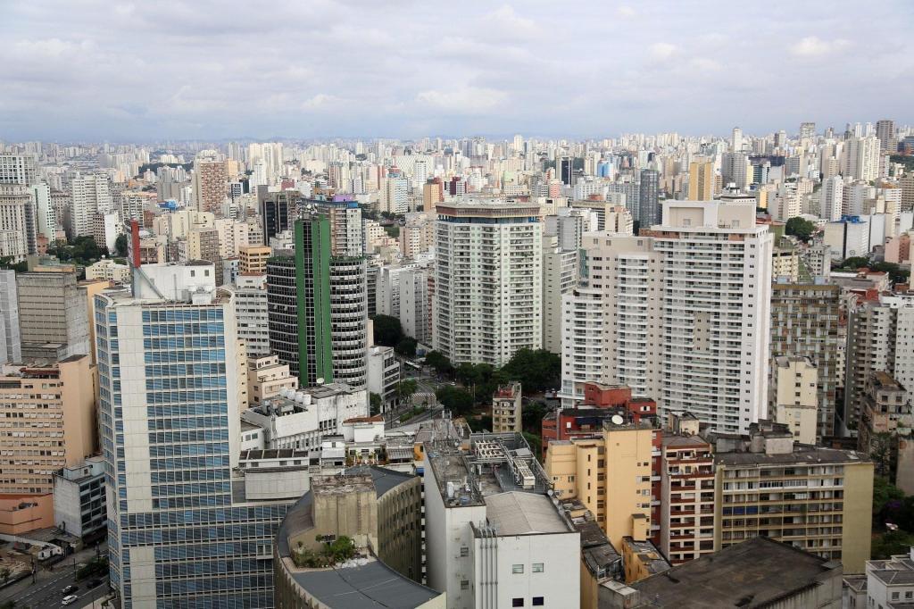 foto de Queda dos juros dá agilidade à retomada do mercado imobiliário nacional