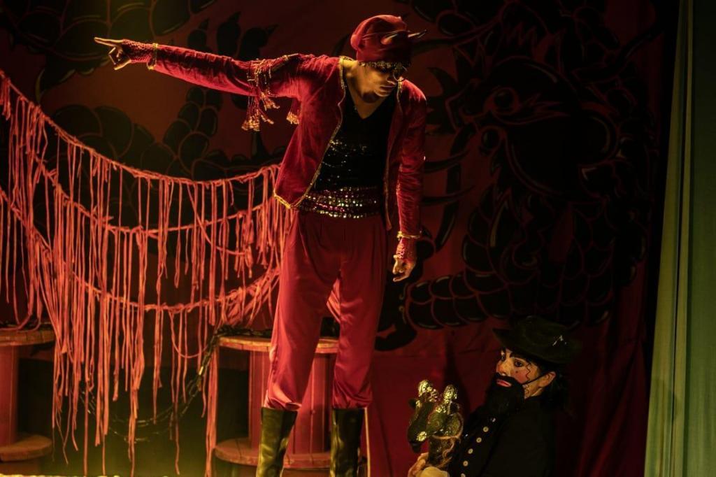 """foto de """"O Auto da Barca do Inferno"""" na Casa do Teatro na sexta-feira e sábado"""