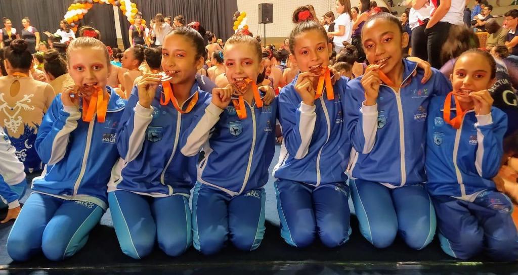 foto de Equipe de Ginástica Rítmica conquisra três medalhas em Capivari