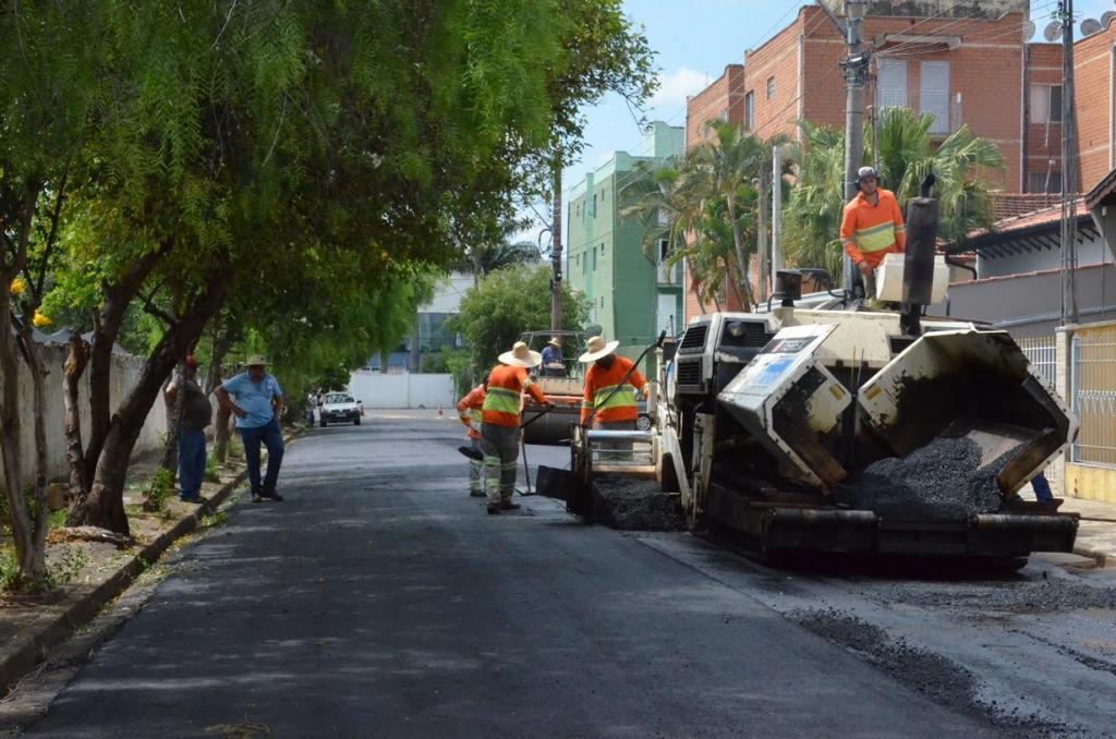 foto de Itapira - Novo setor de recapeamento asfáltico é iniciado