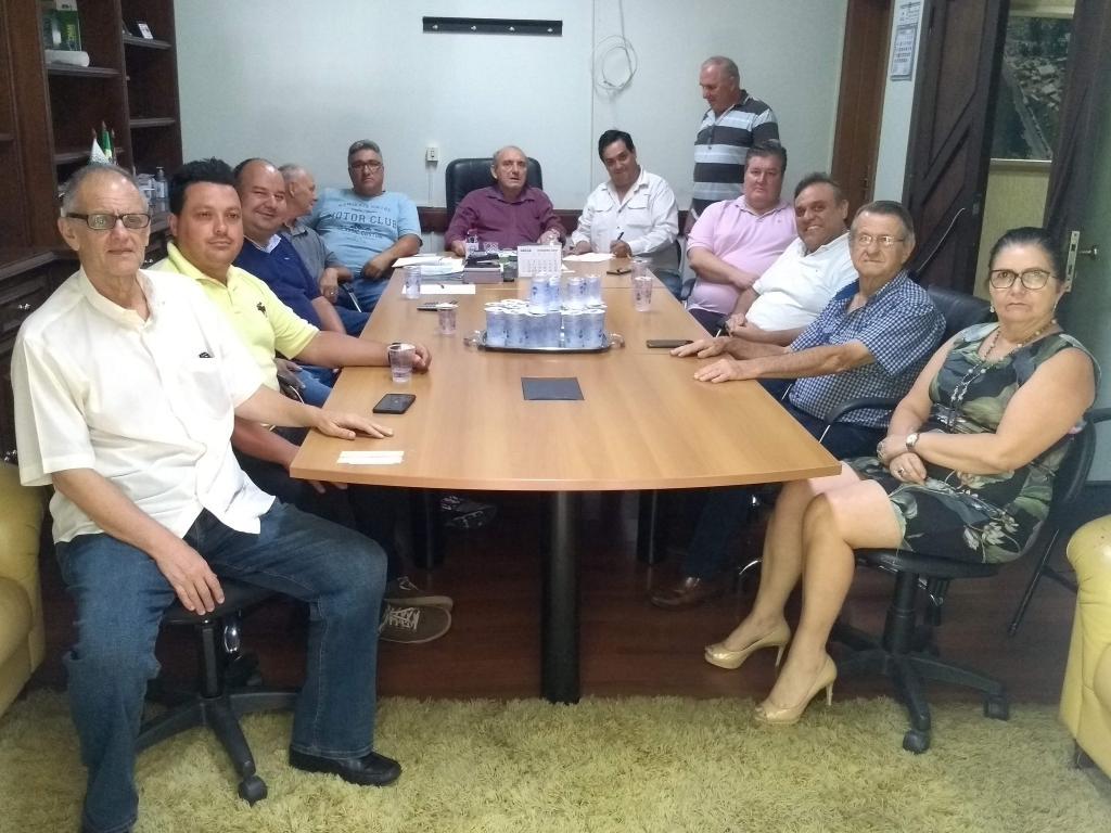 foto de Serra Negra: Assinadas ordens de serviços para mais pavimentações asfálticas no município