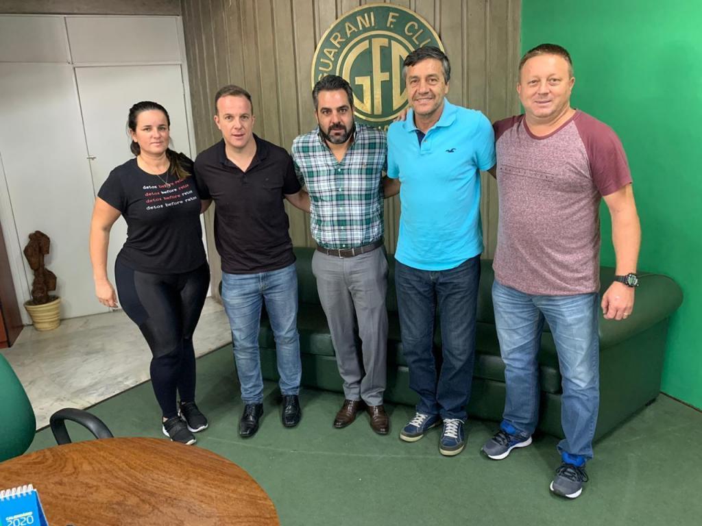 foto de Comesp abre negociações para que Amparo receba categorias de base do Guarani