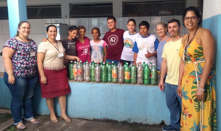 foto de Fatec de Itapira doa mais de 80 mil lacres de alumínio para APAE