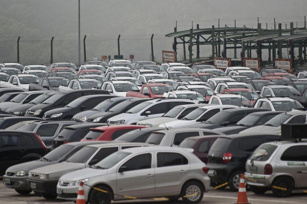 foto de Vendas de veículos caem 1,61% em janeiro