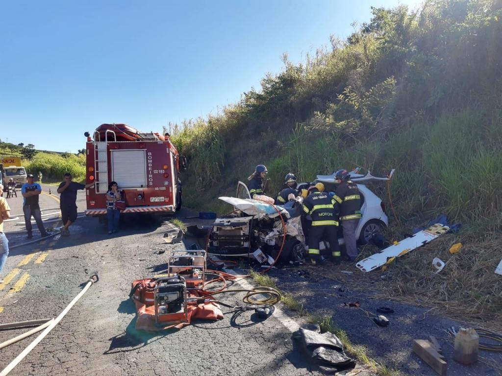 foto de Motorista morre em acidente grave na Rodovia SP-352