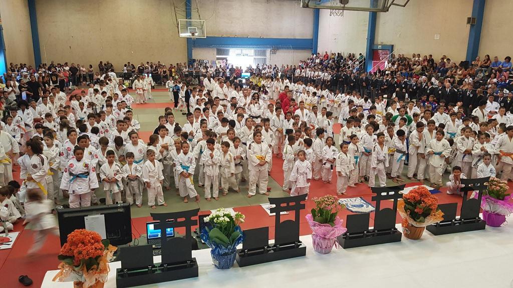 foto de Judô do Floresta conquista 16 medalhas