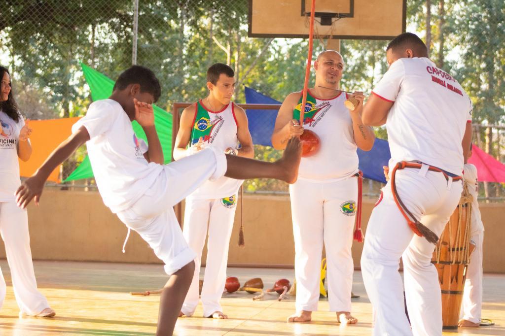 foto de Oficinas Criativas oferecerá aulas de capoeira para alunos do CIME Pica Pau
