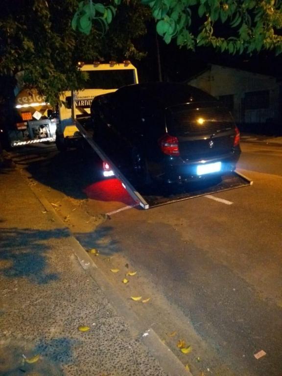 foto de Homem embriagado foi preso fazendo manobras perigosas com BMW