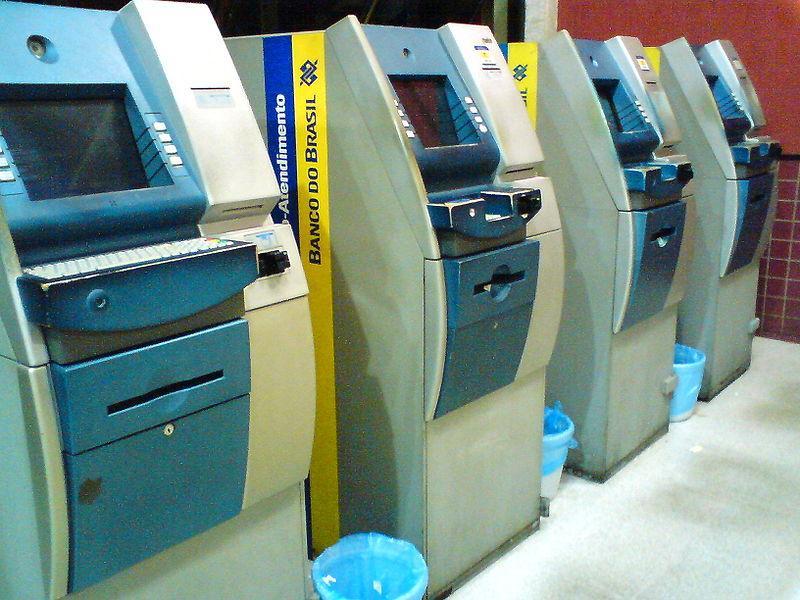 foto de Casas lotéricas e bancos estão liberados para funcionar