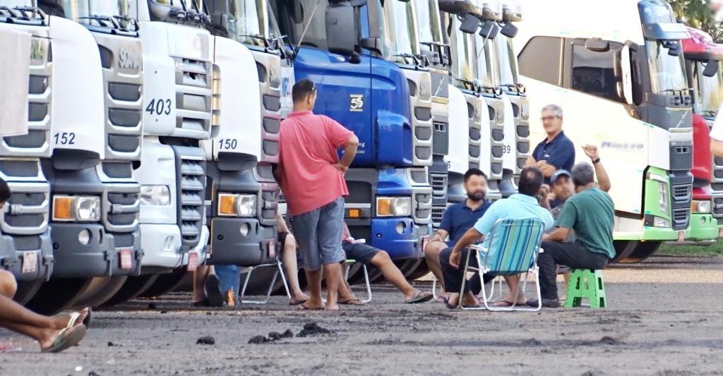 foto de Postos de fiscalização viram locais de apoio aos caminhoneiros durante pandemia