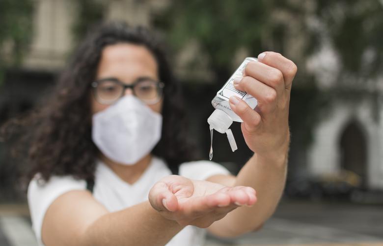 foto de Saiba como guardar o álcool em gel para que ele não perca suas propriedades de combater o coronavírus
