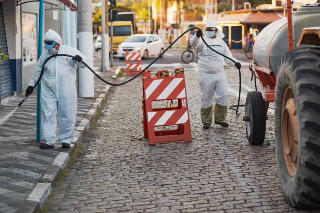 foto de Ypê faz doação de desinfetantes para sanitização da cidade de Amparo