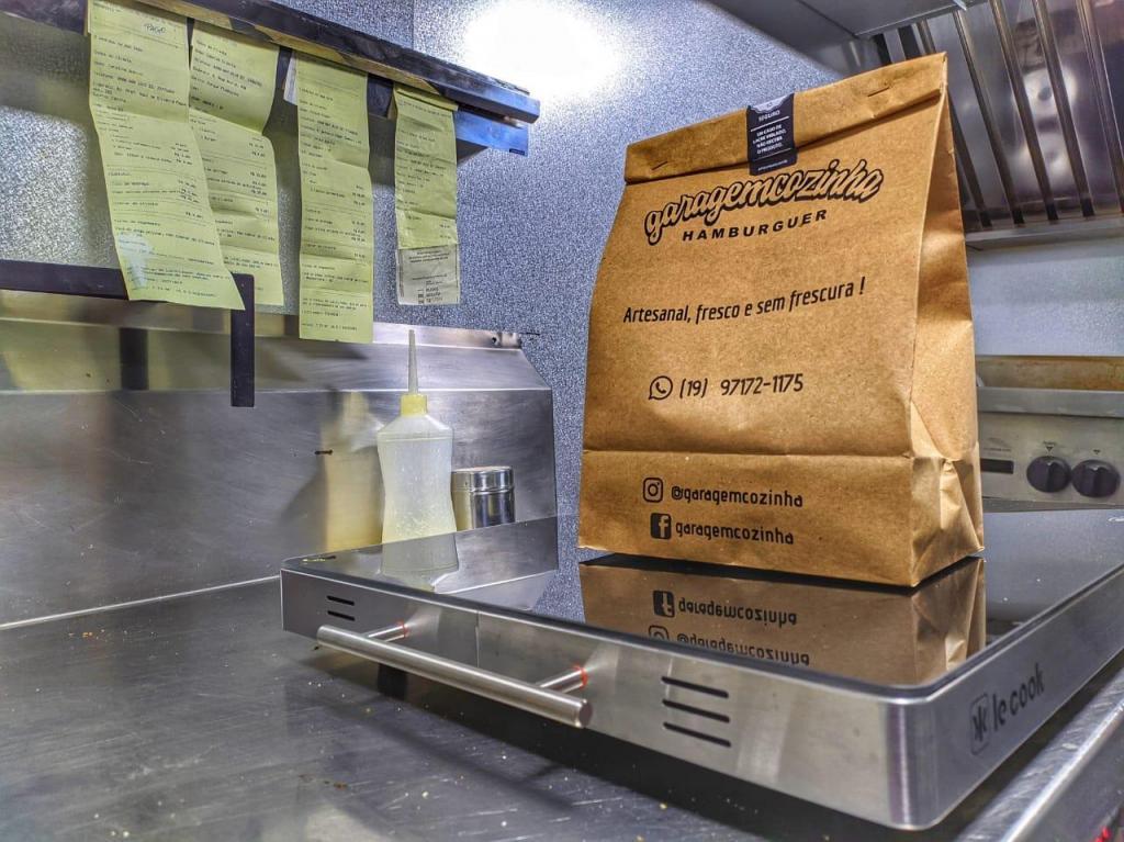foto de Serviço de delivery tem mantido a economia municipal viva