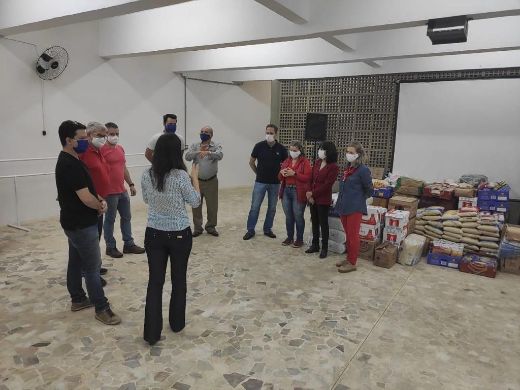 foto de Serra Negra arrecada 1,6 mil quilos de alimentos