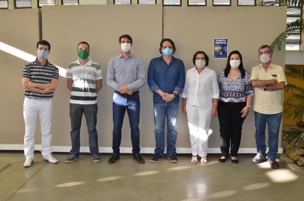 foto de Equipe de Saúde de Amparo cria Protocolo Clínico e Diretrizes Terapêuticas no combate da Covid-19
