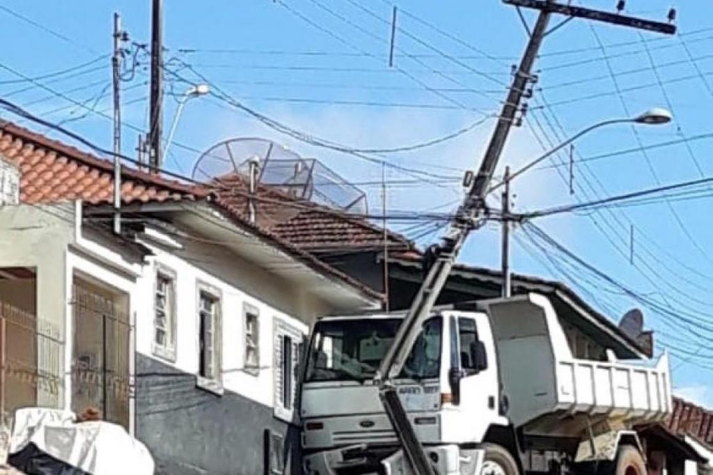 foto de CPFL Paulista registra 5 mil colisões de veículos contra postes em 2019