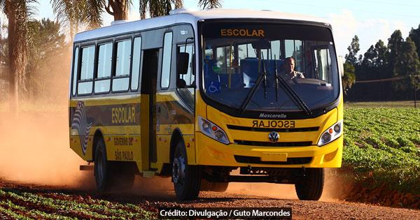 foto de Educação SP entrega ônibus para Monte Alegre do Sul
