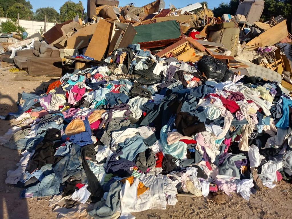 foto de Prefeitura pede desculpa por descarte inadequado de roupas doadas ao Fundo Social de Solidariedade