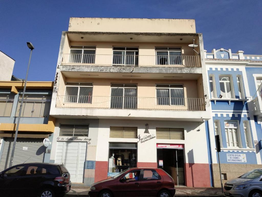 foto de Cine Foto Clube de Amparo lança campanha para finalizar pintura de sua sede