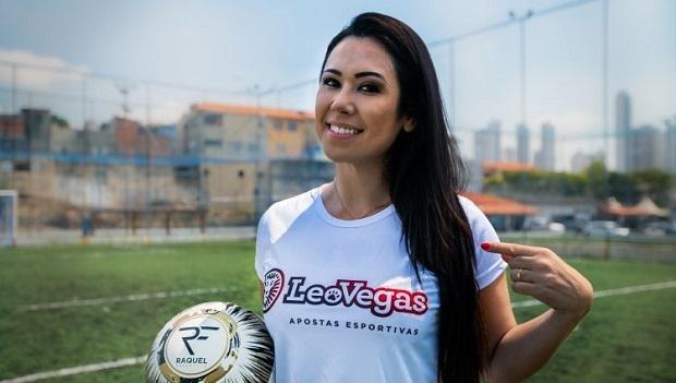 foto de Raquel Freestyle - Embaixadora da LeoVegas - dá Dicas Sobre Apostas Online