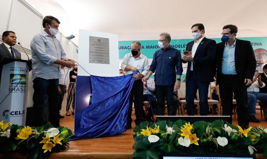 foto de Bolsonaro inaugura termelétrica a gás em Sergipe