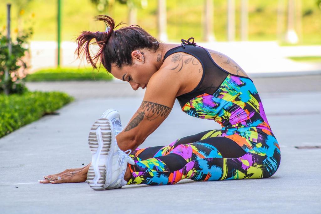 foto de Musa fitness aponta três exercícios de alongamento para melhorar a postura e reduzir chances de lesões musculares