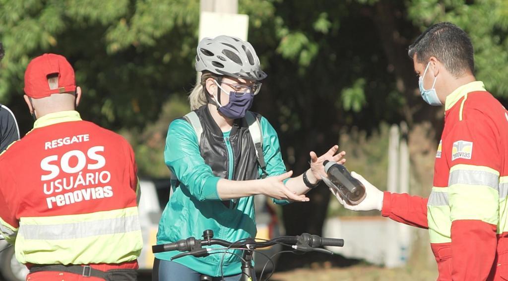 foto de Cerca de 80 ciclistas foram orientados a trafegar com segurança pelas rodovias