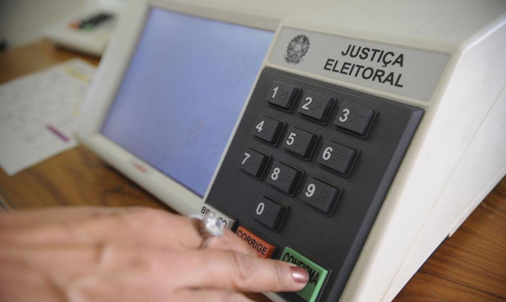 foto de Eleição 2020: Barroso afirma que serão necessárias 7,5 milhões de máscaras para os mesários
