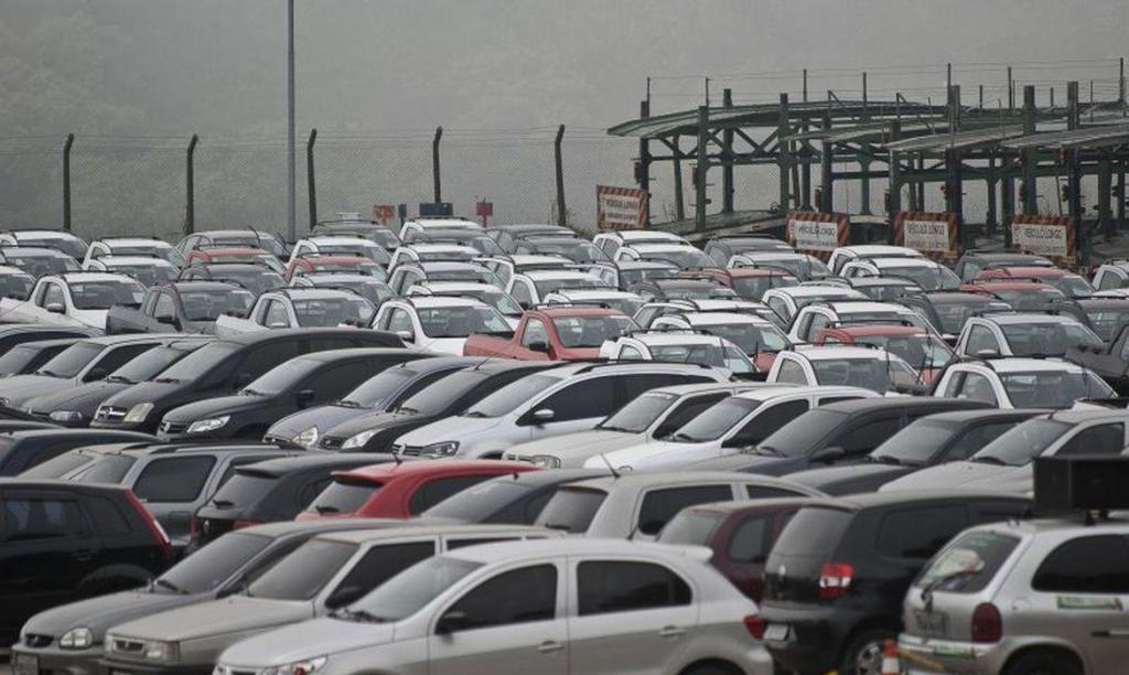 foto de Vendas de veículos têm queda de 21,6% em 2020, diz Fenabrave