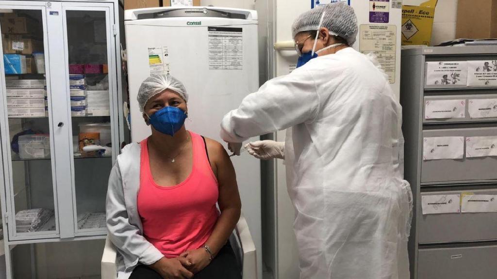foto de Monte Alegre do Sul inicia imunização contra a Covid-19 nos servidores da saúde