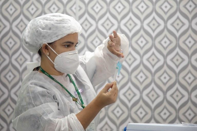 foto de Saúde assegura recebimento de mais 54 milhões de doses de vacina contra Covid-19
