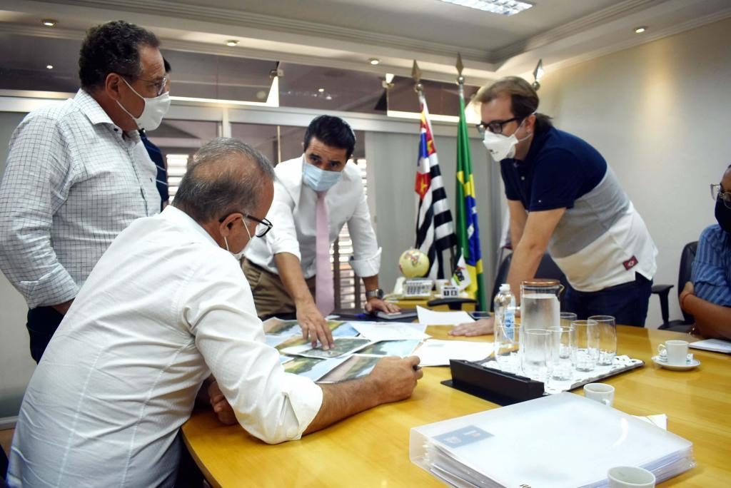 foto de Empresa anuncia nova unidade em Amparo e vai gerar 250 novas de emprego